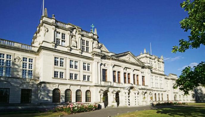 Trường Đại học Cardiff
