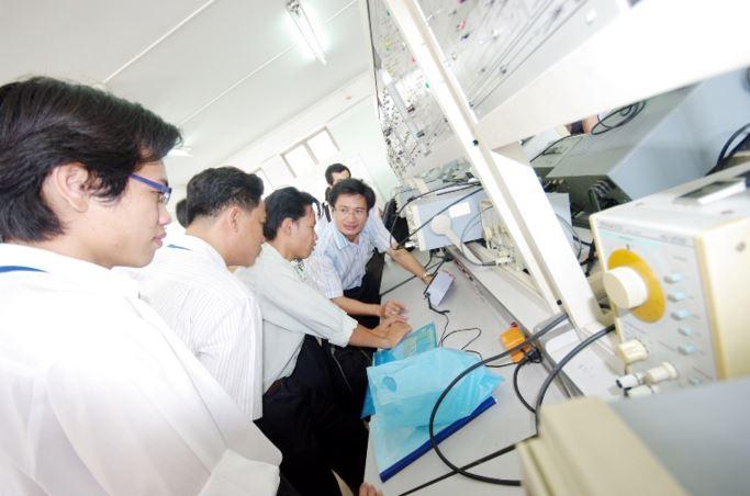 Du học ngành điện tử mở ra nhiều cơ hội tìm kiếm việc làm cho sinh viên