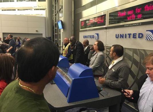 Mang đầy đủ giấy tờ để không bị giữ tại sân bay quốc tế