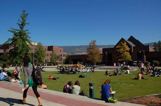 Du học sinh quốc tế tại bang Bristish Columbia