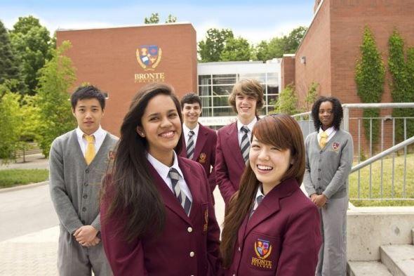 Khối trường tư thục tại canada