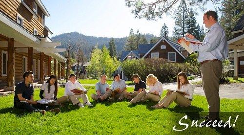 Học ngoài trời Squaw Valley Academy