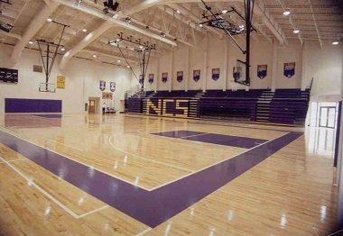 Sân thể thao trường trung học ở Mỹ