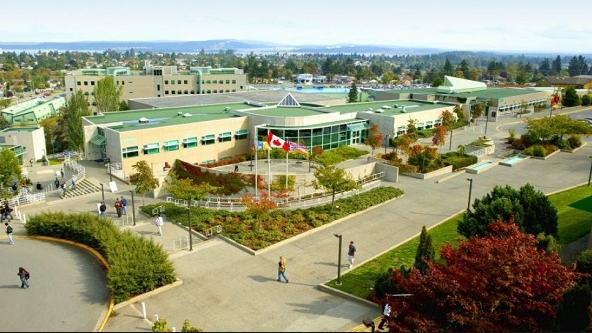 Trường Trung học Vancouver Island